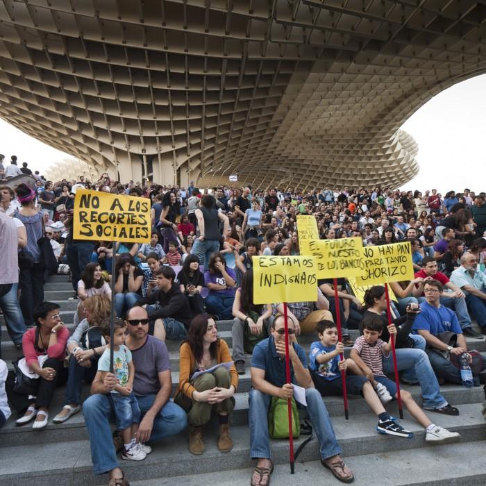 Metropol Parasol Plaza de la Encarnación concentración protestas indignados riots